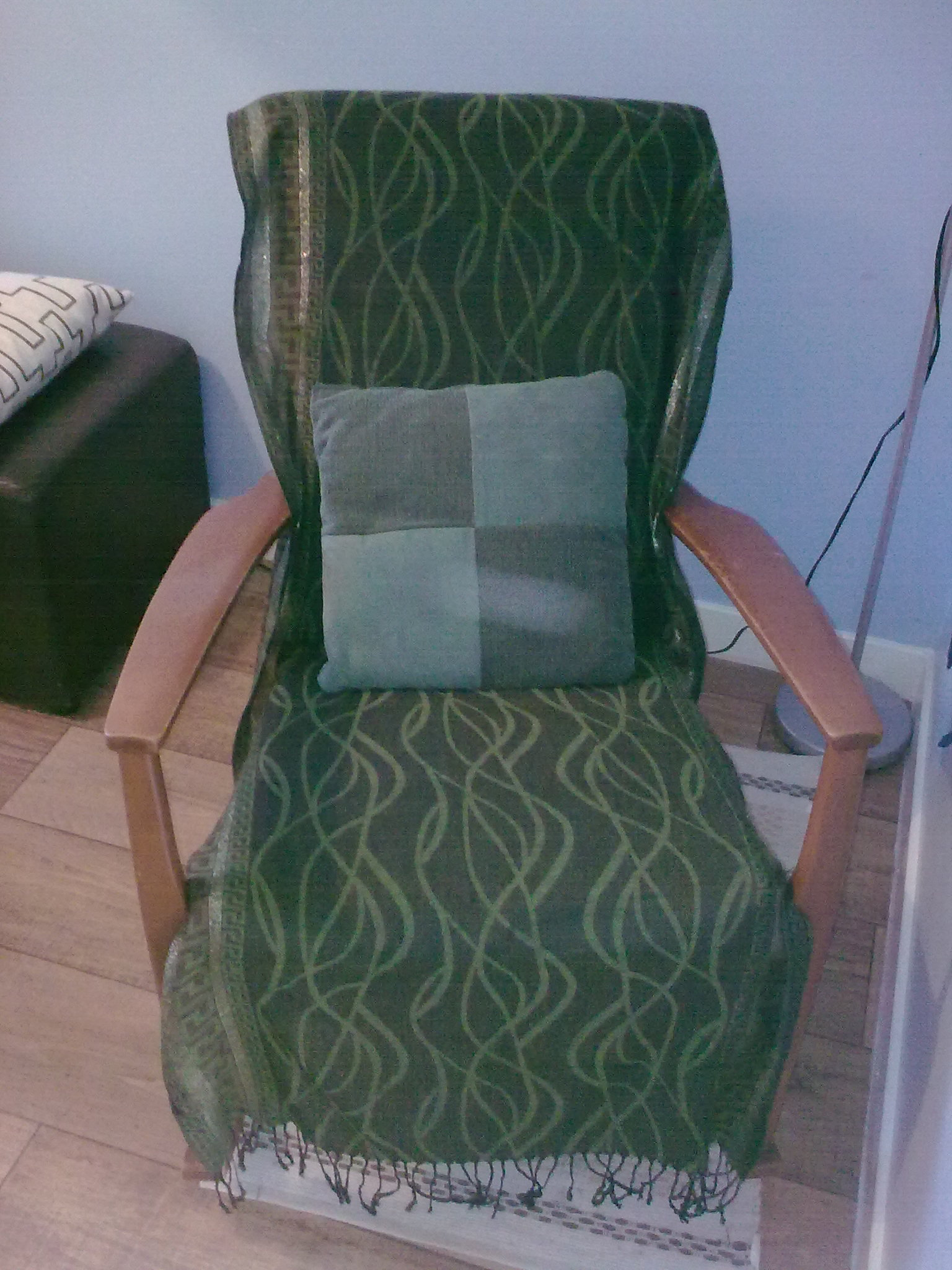 Ordinaire Old Rocking Chair. Old_rockingchair_covered_fabric